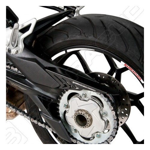 BARRACUDA COPRICATENA NERO IN ALLUMINIO PER MV AGUSTA BRUTALE 675 / 800